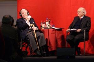 Helmut Schmidt mit Bernd Faulenbach (v.l.)